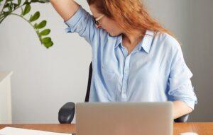 ۱۴ روش خانگی تضمینی برای از بین بردن بوی بد بدن
