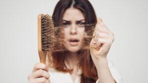 بهترین ماسک حنا برای درمان ریزش مو